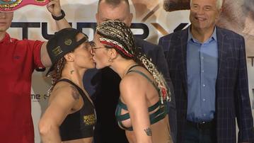Brodnicka pocałowała rywalkę na ważeniu! Bójka przed walką pań (WIDEO)