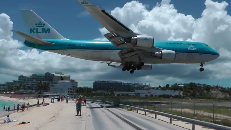Śmierć na Karaibach. Podmuch startującego samolotu zabił turystkę